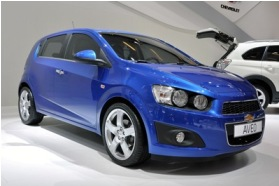Chevrolet Aveo 2012: Un auto con estilo y juvenil