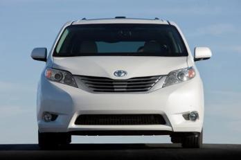 Toyota Sienna 2012, potencia de hasta 266 CV en una elegante camioneta