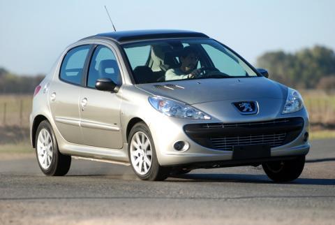 Peugeot 207 Compact, lo mejor de Peugeot