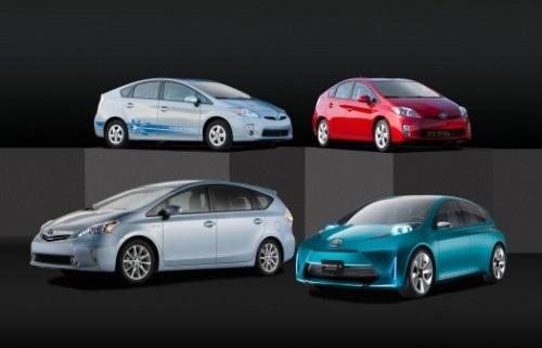 Toyota Prius V, conocemos más a esta nueva familia